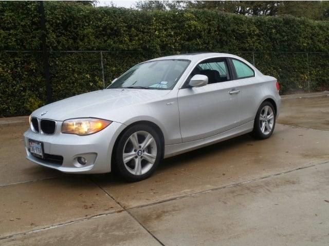 Photo 2012 BMW 1 Series 128i 2dr Car