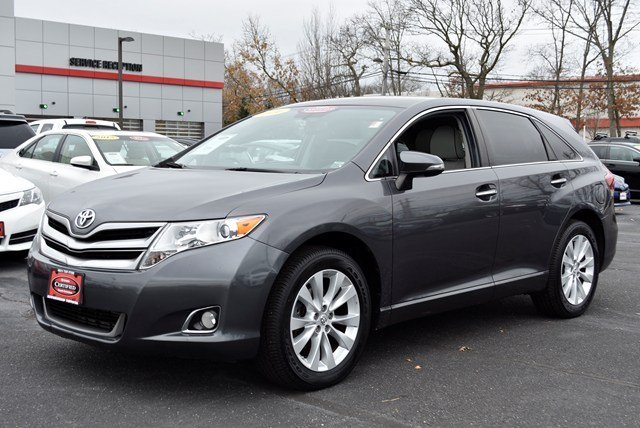 Photo Used 2014 Toyota Venza Crossover All-wheel Drive for Sale in Riverhead, NY