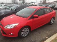 Pre-Owned 2012 Ford Focus SE FWD 4D Sedan