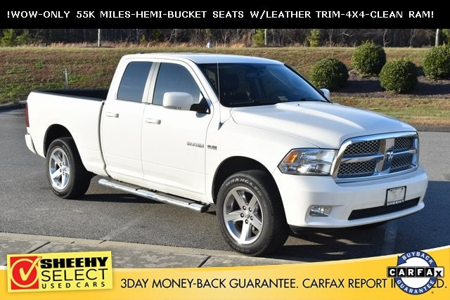 Photo 2009 Dodge Ram 1500 LOW Miles-Hemi-Chrome 20S-4X4 Truck Quad Cab V-8 cyl