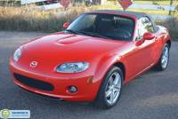 Pre-Owned 2006 Mazda MX-5 Miata 2dr Convertible Sport Automatic Rear Wheel Drive Convertible