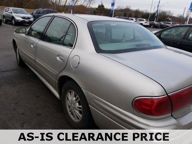 Photo Used 2004 Buick Lesabre Custom Sedan in Akron OH