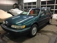 1995 FordTaurus 4dr Wagon LX