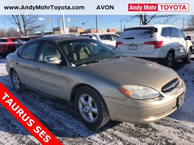 Photo Pre-Owned 2000 Ford Taurus SES FWD 4D Sedan