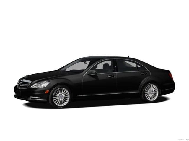 Photo Used 2012 Mercedes-Benz S-Class S 550 4MATIC in Houston