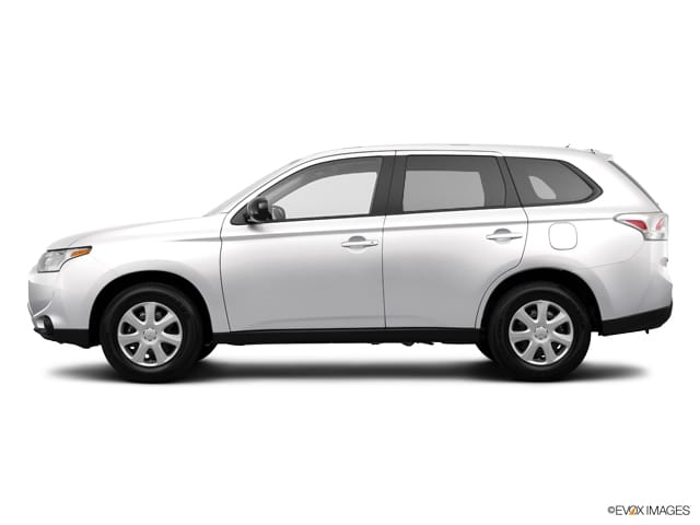 Photo Used 2014 Mitsubishi Outlander 2WD 4dr SE For Sale Chicago, IL
