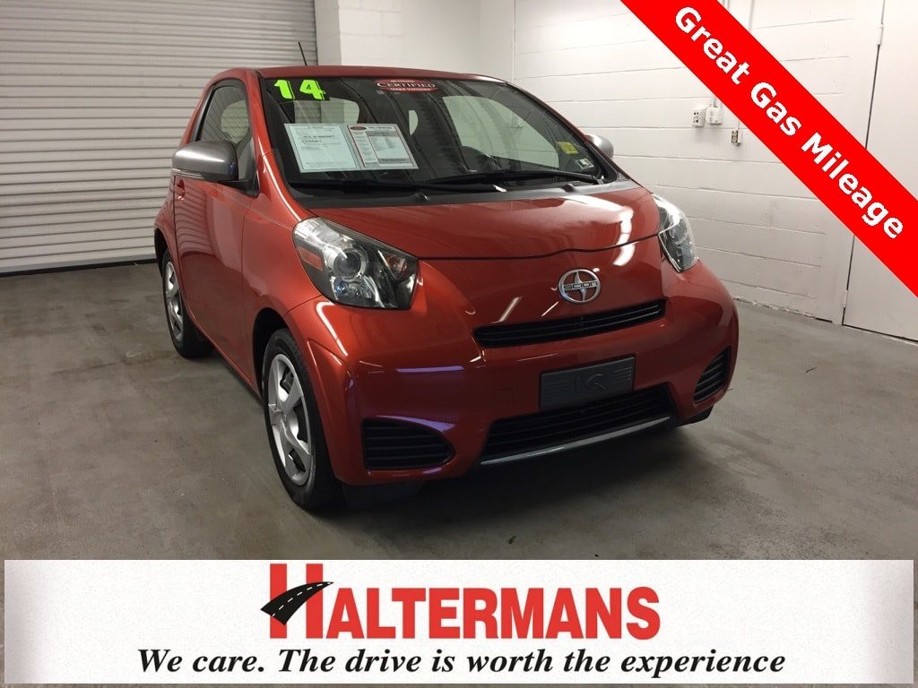 Photo 2014 Scion iQ Base Hatchback