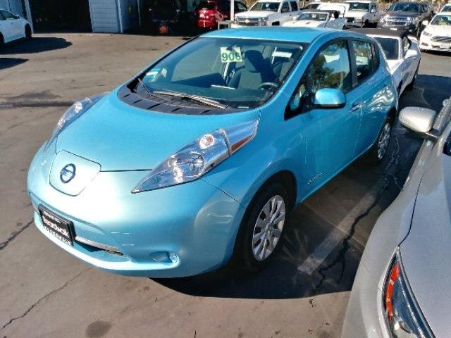 Photo Used 2015 Nissan Leaf For Sale  Redwood City CA