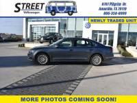 Pre-Owned 2016 Volkswagen Passat 4dr Sdn 1.8T Auto SE PZEV FRONT WHEEL DRIVE sedan