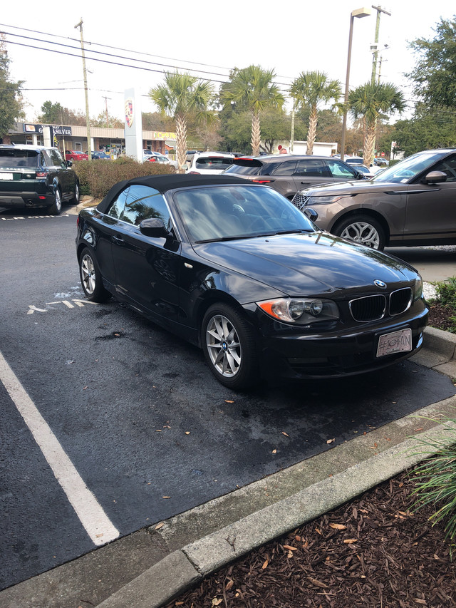 Photo Pre-Owned 2011 BMW 1 Series 128i Rear Wheel Drive Coupe