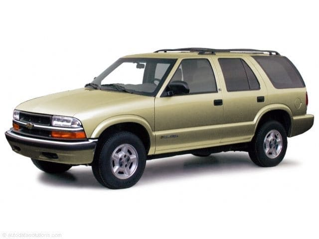 Photo Used 2000 Chevrolet Blazer LS in Lincoln