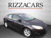 Pre-Owned 2014 Ford Focus SE FWD SE 4dr Sedan