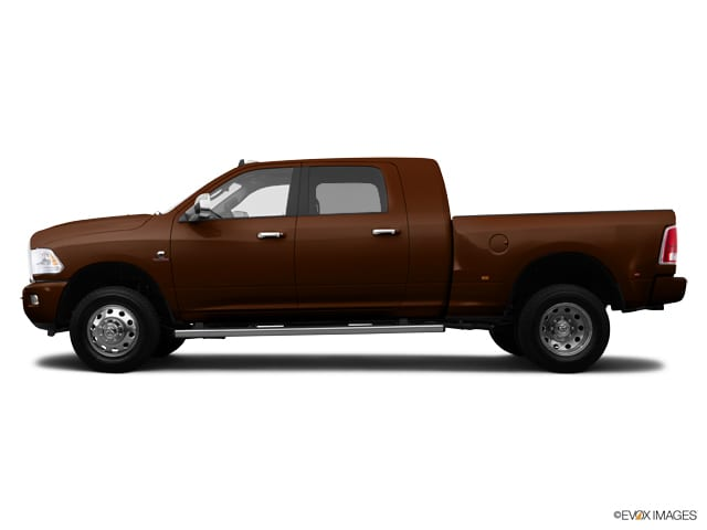 Photo Used 2015 Ram 1500 LARAMIE LONGHORN Truck Crew Cab for sale in Barstow CA