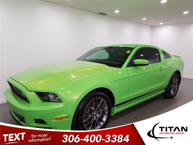 Photo 2014 Ford Mustang 305 HP HTD Seats manual Green Envy PST Paid