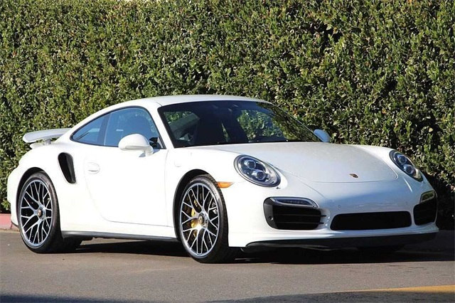Photo Used 2014 Porsche 911 Turbo S Coupe For Sale Scottsdale, AZ