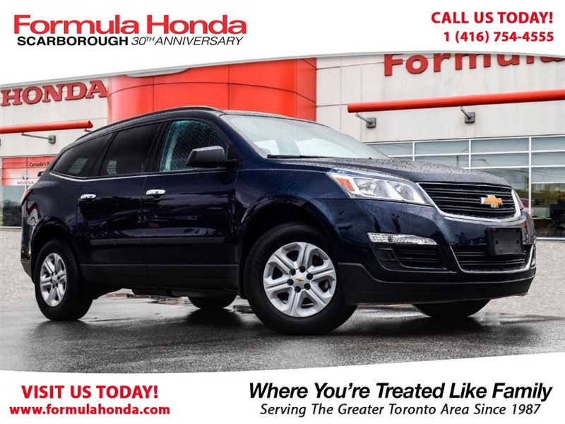 Photo Pre-Owned 2017 Chevrolet Traverse 100 PETROCAN CARD NEW YEARS SPECIAL AWD