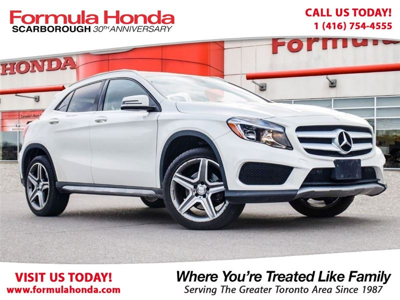 Photo Pre-Owned 2015 Mercedes-Benz GLA 100 PETROCAN CARD NEW YEARS SPECIAL AWD