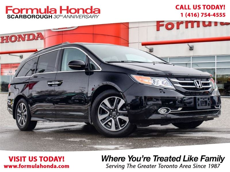 Photo Certified Pre-Owned 2016 Honda Odyssey 100 PETROCAN CARD NEW YEARS SPECIAL FWD MinivanPassenger Van