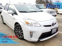 2013 Toyota Prius Three w/ Leather & Navigation