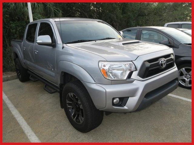Photo 2014 Toyota Tacoma 2WD Double Cab Short Bed V6 Automatic PreRunner
