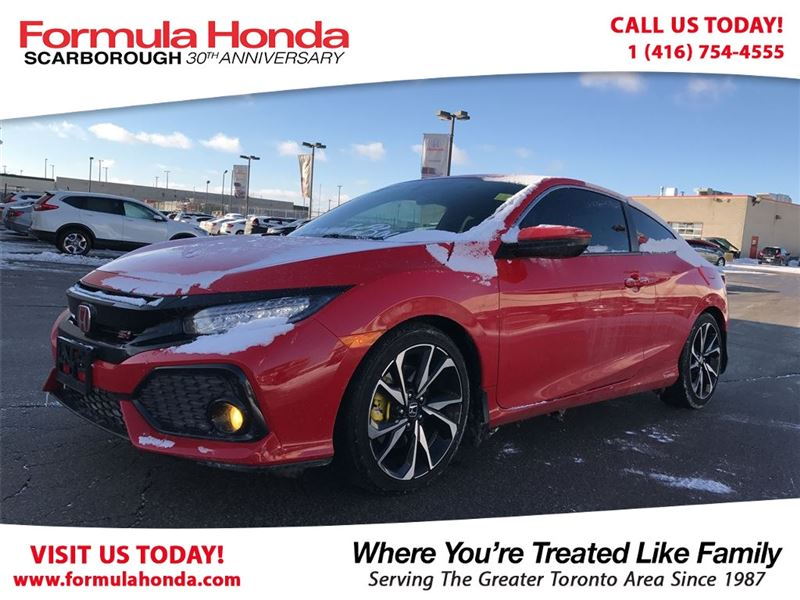 Photo Pre-Owned 2017 Honda Civic Coupe SI 100 PETROCAN CARD NEW YEARS SPECIAL FWD Car
