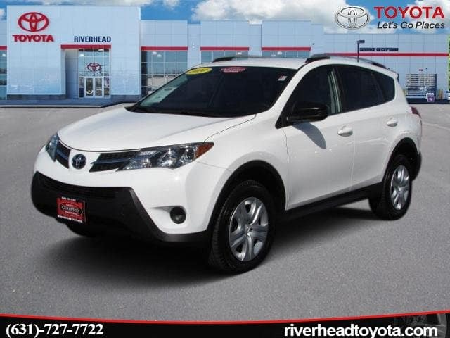 Photo Used 2014 Toyota RAV4 4WD LE SUV All-wheel Drive for Sale in Riverhead, NY
