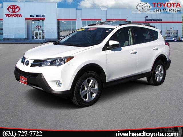 Photo Used 2014 Toyota RAV4 4WD XLE SUV All-wheel Drive for Sale in Riverhead, NY
