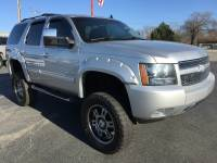 2013 Chevrolet Tahoe Z71 Lifted 4x4 3rd row low miles