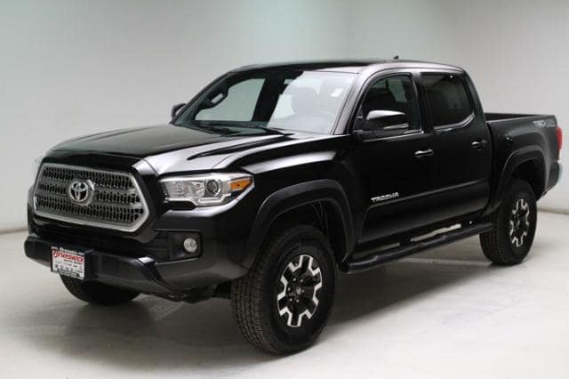 Photo Certified Used 2016 Toyota Tacoma TRD Off Road V6 in Brunswick, OH, near Cleveland