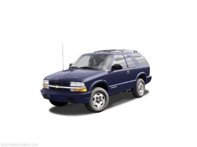 Photo Used 2005 Chevrolet Blazer LS in Marysville, WA