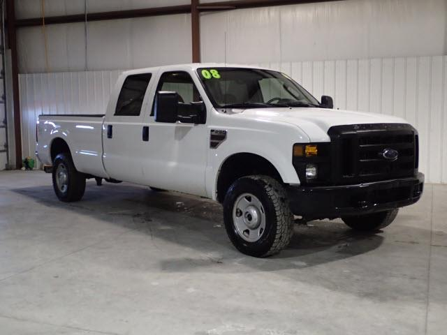 Photo 2008 Ford F-250 SD XL CREW 4X4 AUTO POWER STROKE TURBO DIESEL
