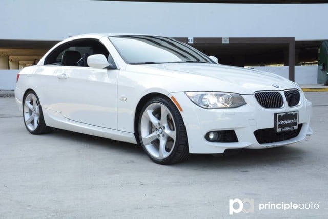 Photo Used 2011 BMW 335i Convertible 335i, M Sport Pckg, Harman Kardon Sound, Navigatio Convertible For Sale San Antonio, TX