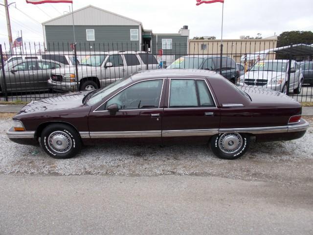 Photo 1993 Buick Roadmaster Base