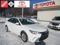 2016 Toyota Camry Hybrid Hybrid LE Sedan Front-wheel Drive in Waterford