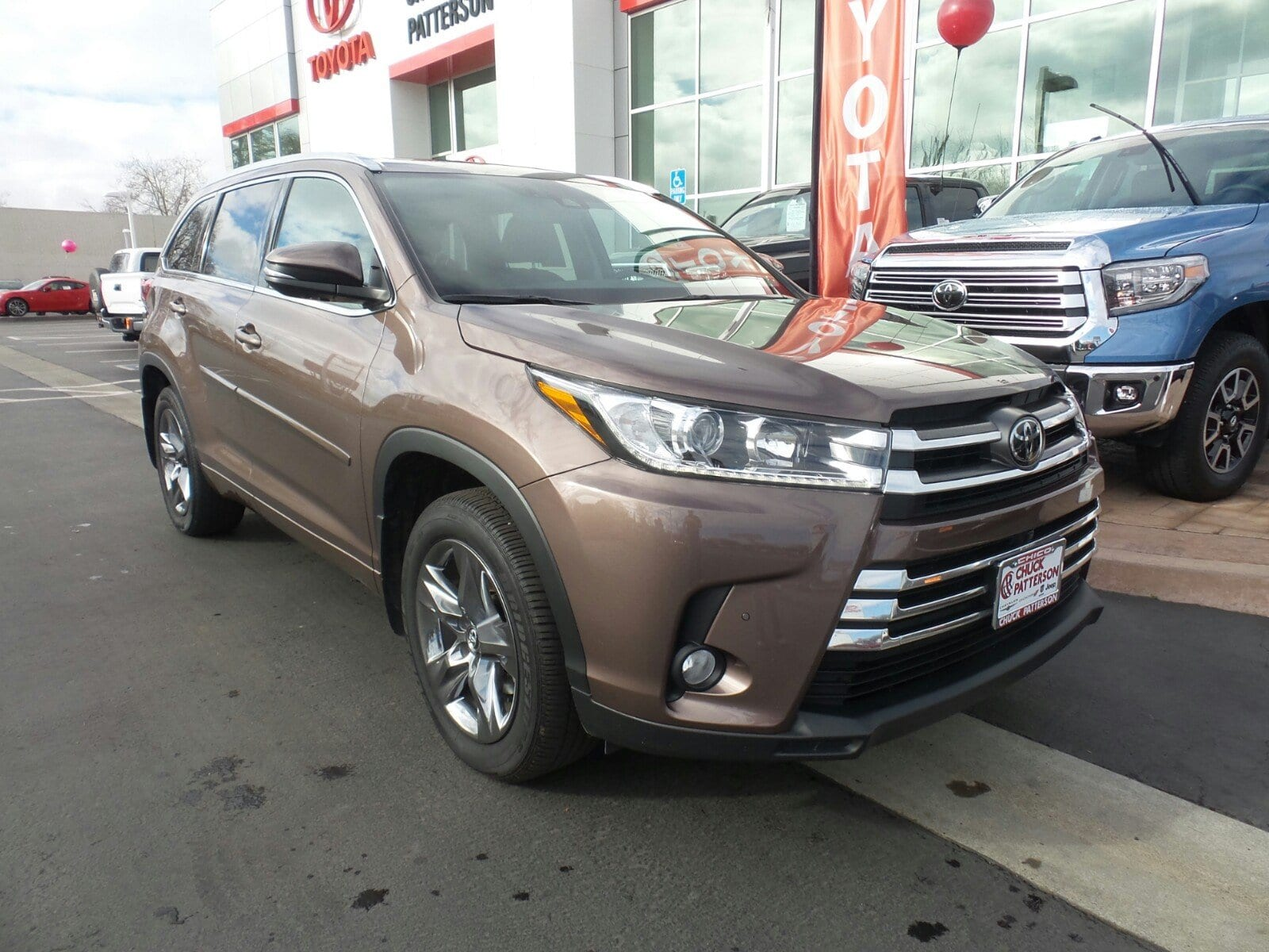 Photo Used 2017 Toyota Highlander Limited Platinum V6 SUV All-wheel Drive in Chico, CA