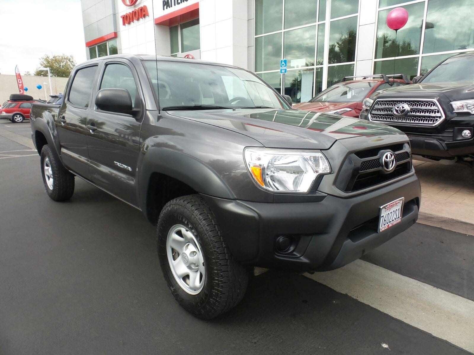 Photo Used 2015 Toyota Tacoma PreRunner Truck Double Cab 4x2 in Chico, CA