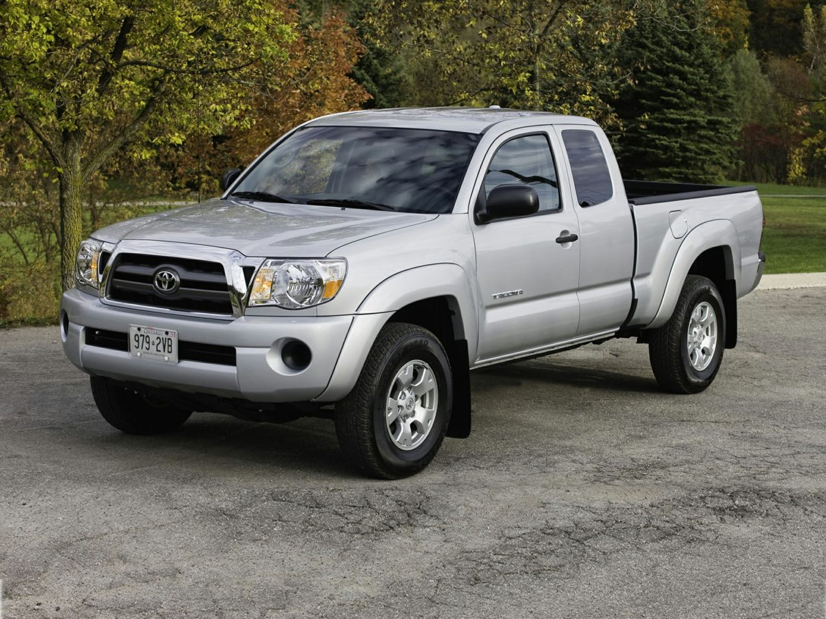 Pre-Owned 2011 Toyota Tacoma PreRunner 4D Double Cab