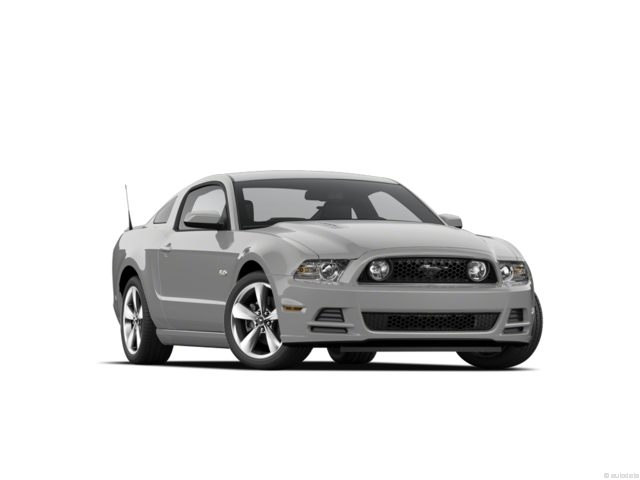 Photo Used 2013 Ford Mustang 2dr Cpe GT For Sale in Seneca, SC