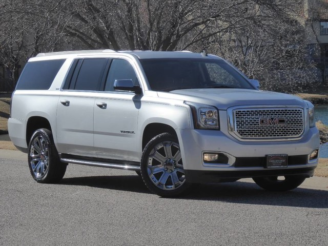 2015 GMC Yukon XL SLT 4WD NAVIGATION,BACK UP CAMERA,HEATED/COOLED SEATS,REAR DVD,BLUETOOTH,COLLISION ALERT,LANE DEPARTURE
