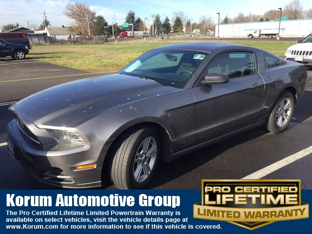2014 Ford Mustang V6 Coupe V-6 cyl
