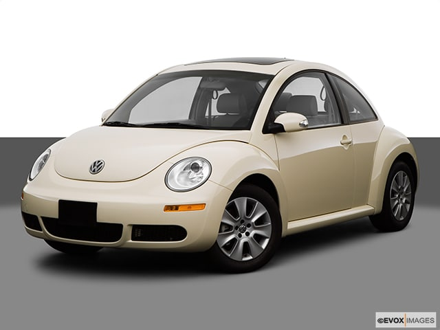 Photo Used 2008 Volkswagen New Beetle S Hatchback for Sale in Missoula near Orchard Homes