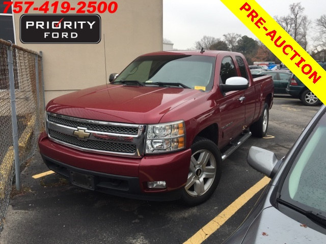 Used 2007 Chevrolet Silverado 1500 Truck Extended Cab V-8 cyl For Sale at Priority