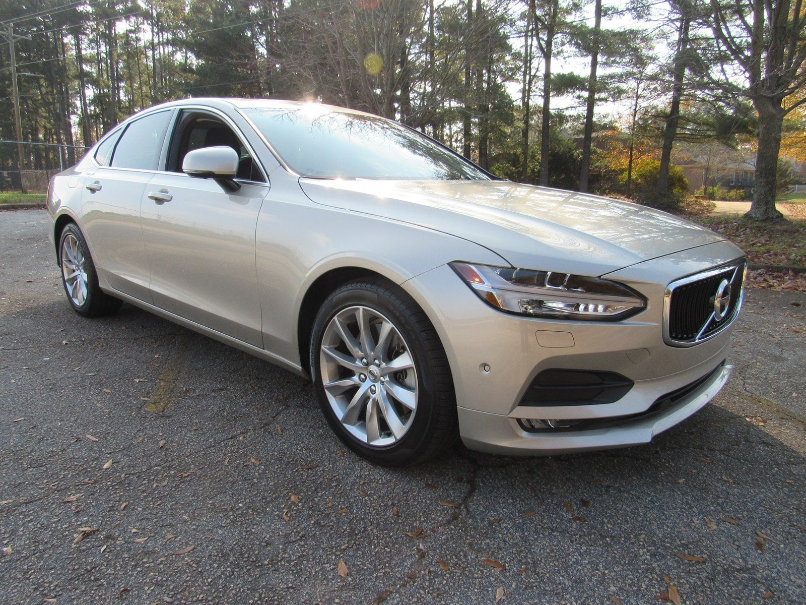 Photo Certified 2017 Volvo S90 Momentum T6 AWD Momentum in Greenville SC