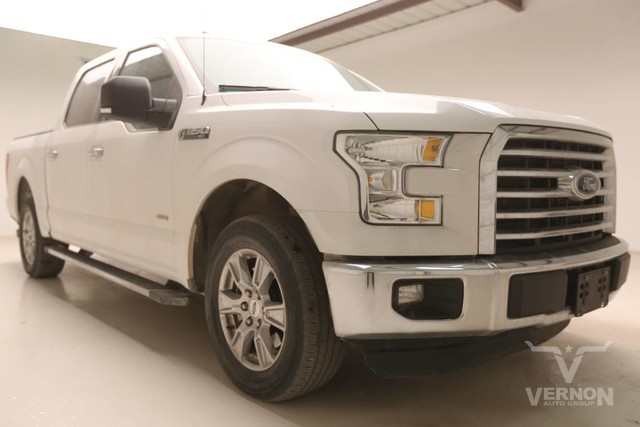 Photo Used 2015 Ford F-150 XLT Texas Edition Crew Cab 2WD in Vernon TX