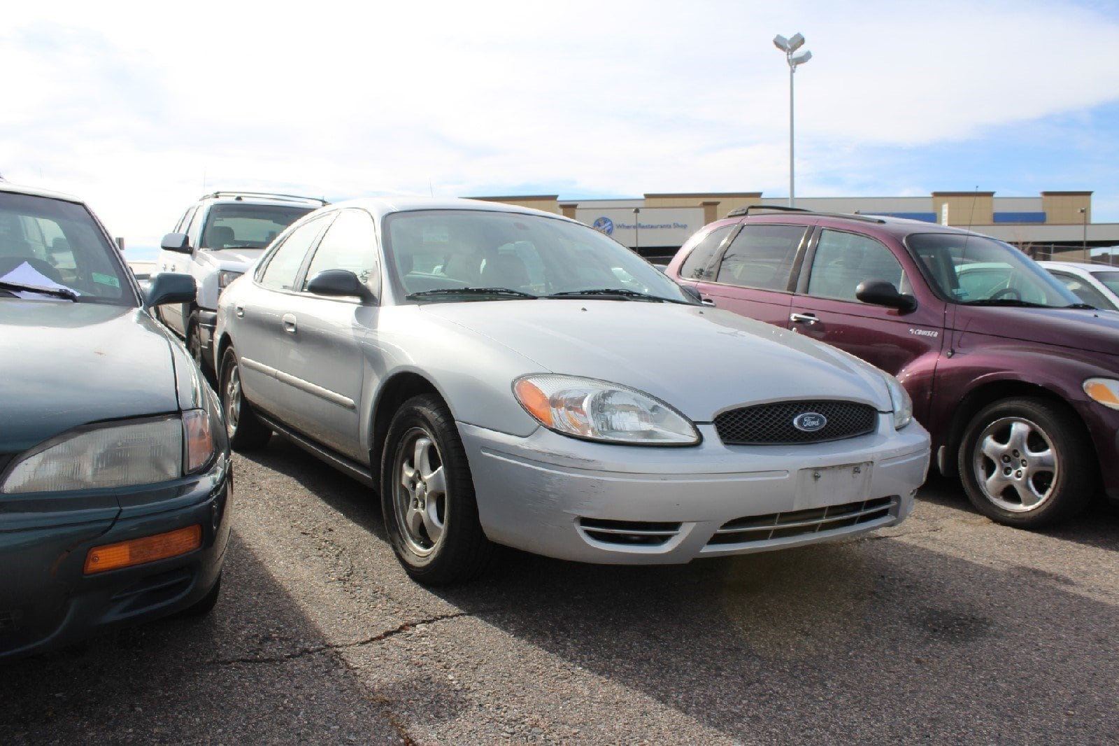 Photo Used 2005 Ford Taurus SE - Denver Area in Centennial CO