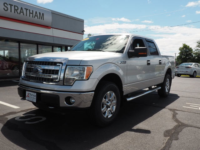 Photo 2013 Ford F-150 XLT Pick-Up Truck