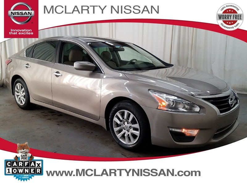 Photo Pre-Owned 2014 NISSAN ALTIMA 2.5 S Front Wheel Drive Sedan