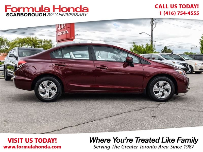 Photo Certified Pre-Owned 2014 Honda Civic 100 PETROCAN CARD NEW YEARS SPECIAL FWD Car