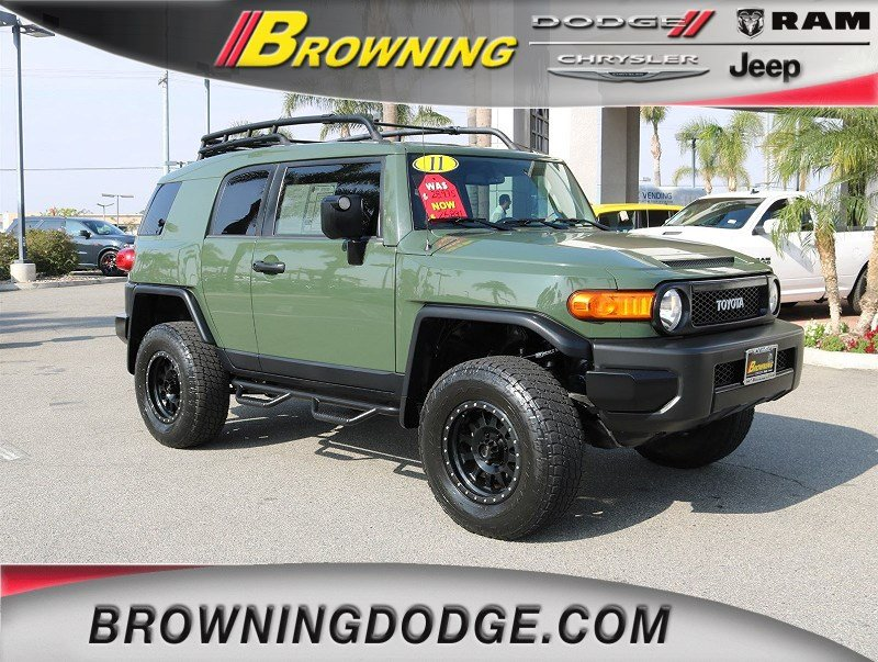 Photo 2011 Toyota FJ Cruiser SR SUV in Norco