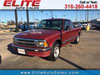 1995 Chevrolet S10 Pickup LS Ext. Cab Short Bed 2WD